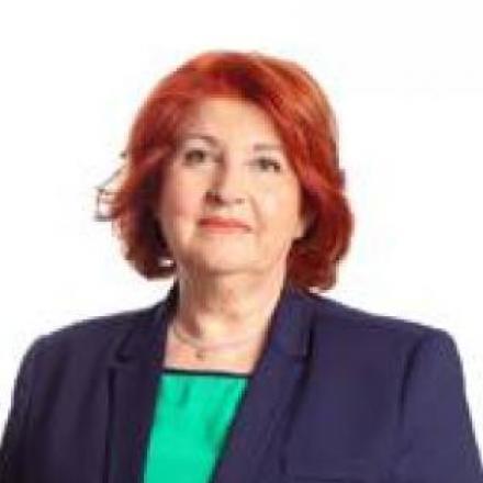 S.ª D.ª Ana María Cañadas Martínez