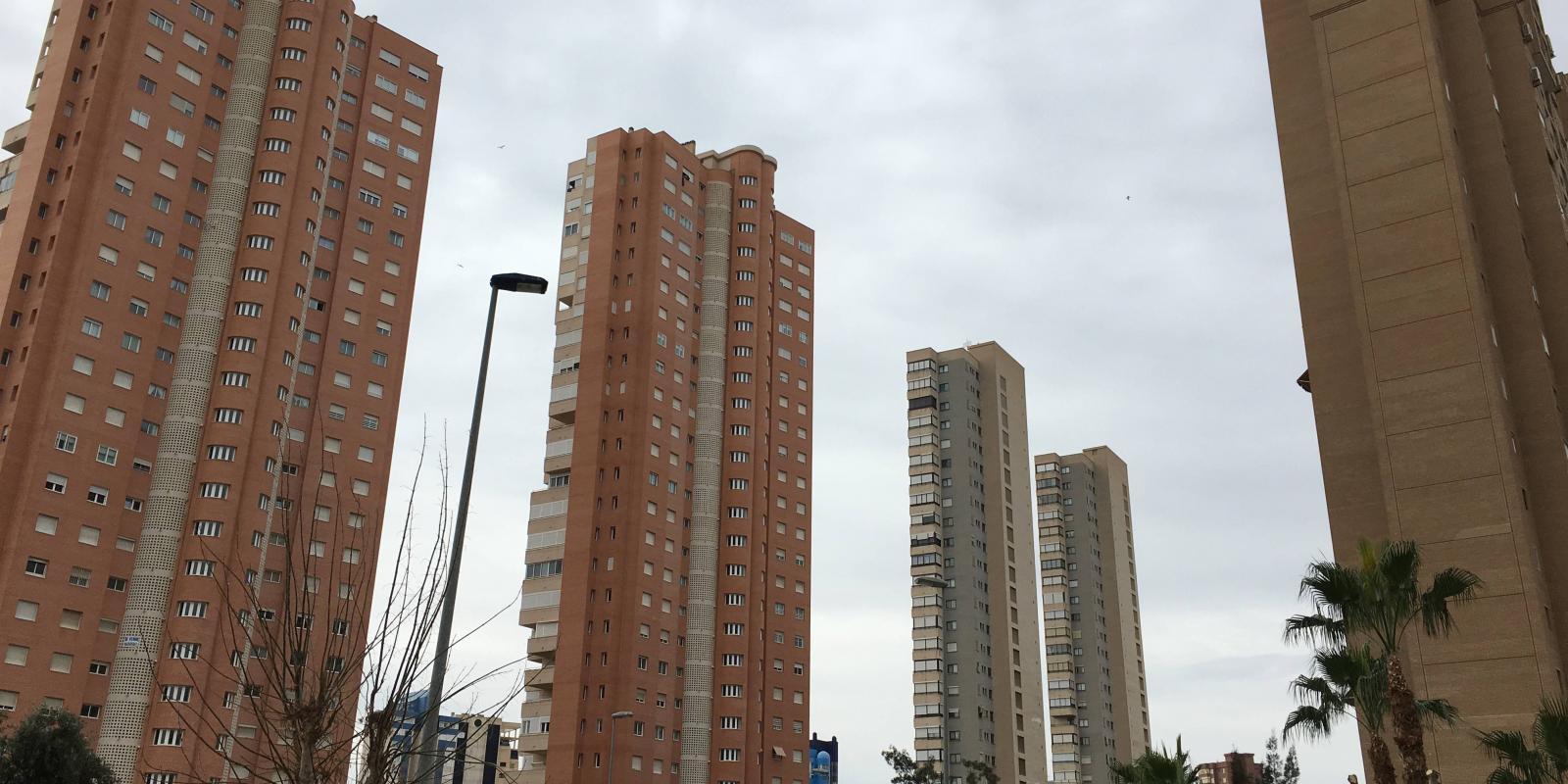 Torres en avenida Municipi